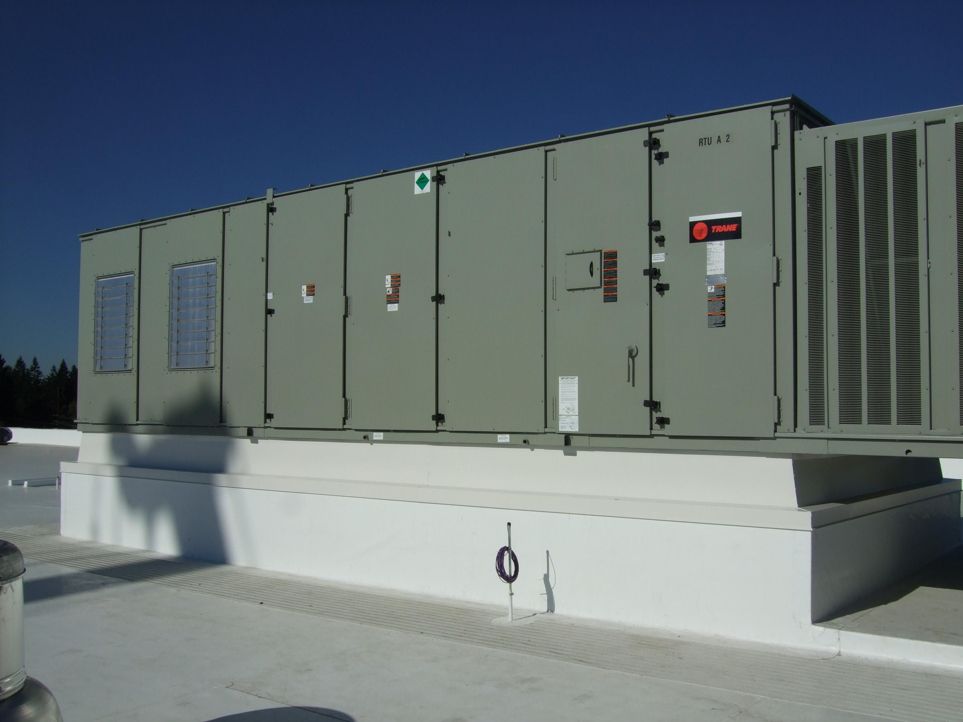 trane-large-rooftop